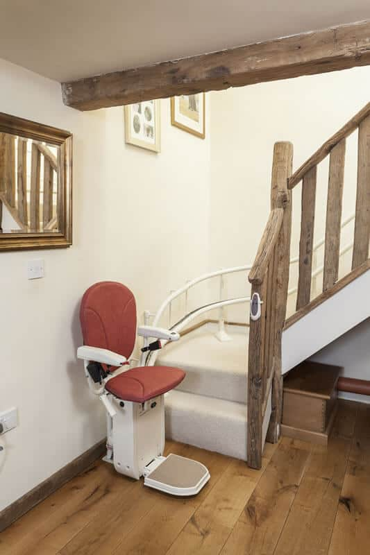 The Platinum Curve Stairlift From 1st Choice Stairlifts
