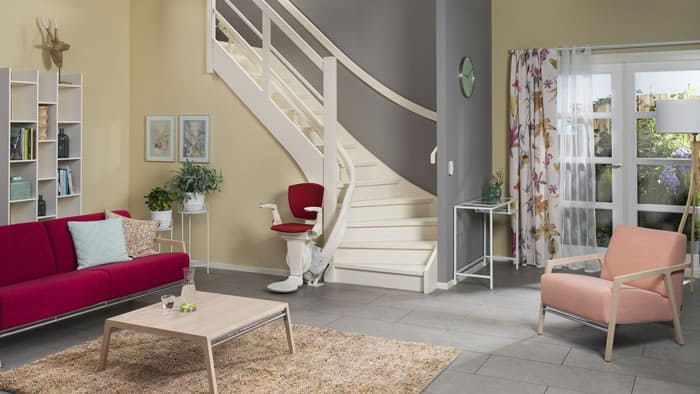 Oto Air Curved Stairlift